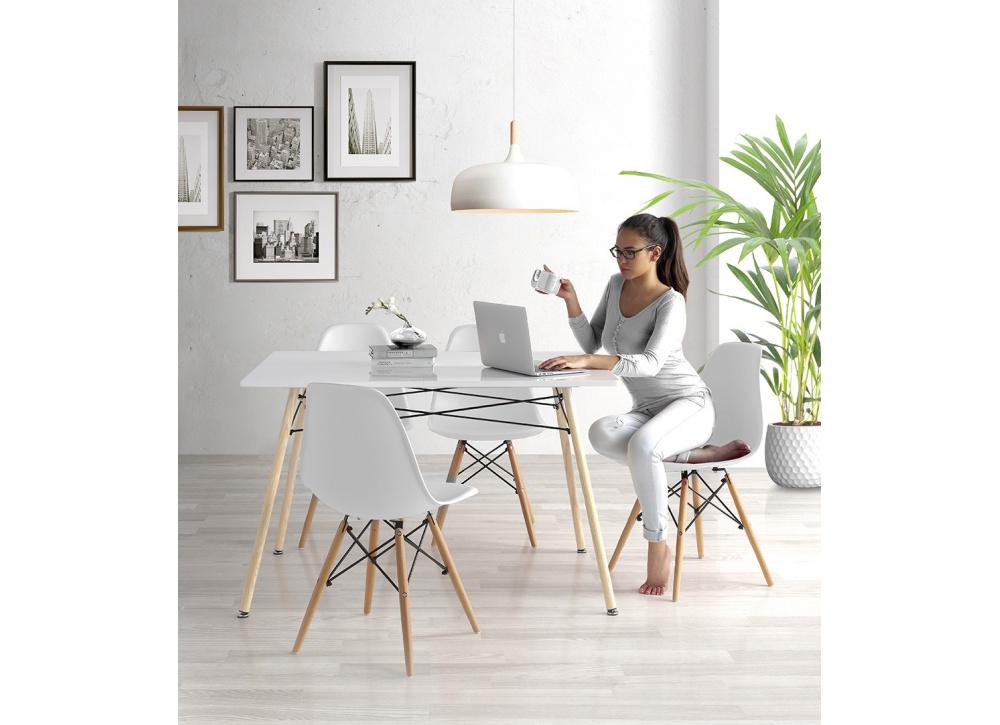 Mesa de comedor Living