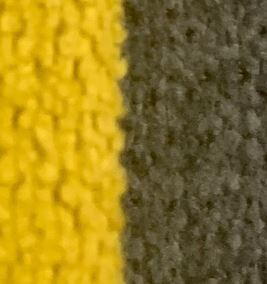 Mostaza cojín gris